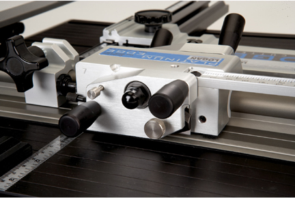 Logan 855 Platinum Edge Mat Cutter Straight Cutting Head Closeup